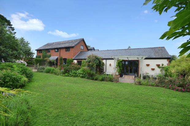 4 Bedrooms Semi Detached House for sale in Penstone Barns, Lease Hill, Hele, Exeter