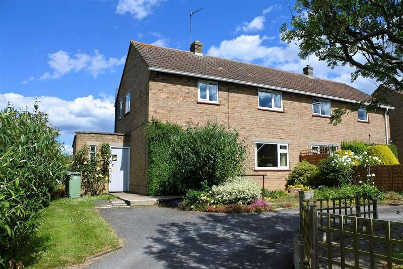 3 Bedrooms Detached House for sale in Netherfield, Denton, Grantham
