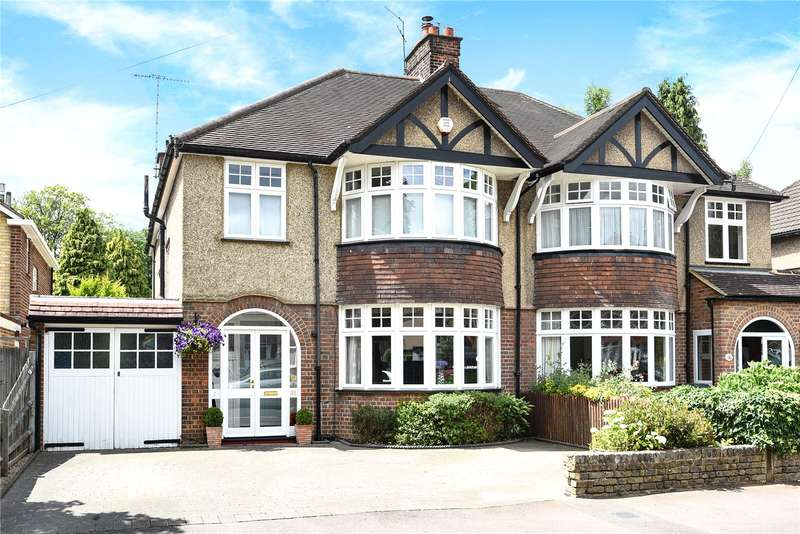 4 Bedrooms Semi Detached House for sale in Gade Avenue, Watford, WD18