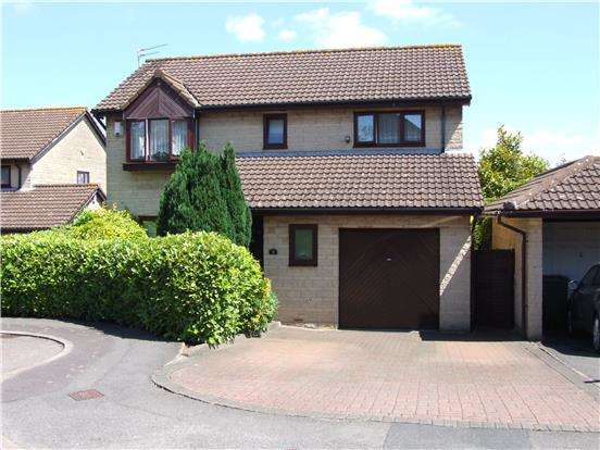 4 Bedrooms Detached House for sale in Cottington Court, Hanham, BS15 3SJ