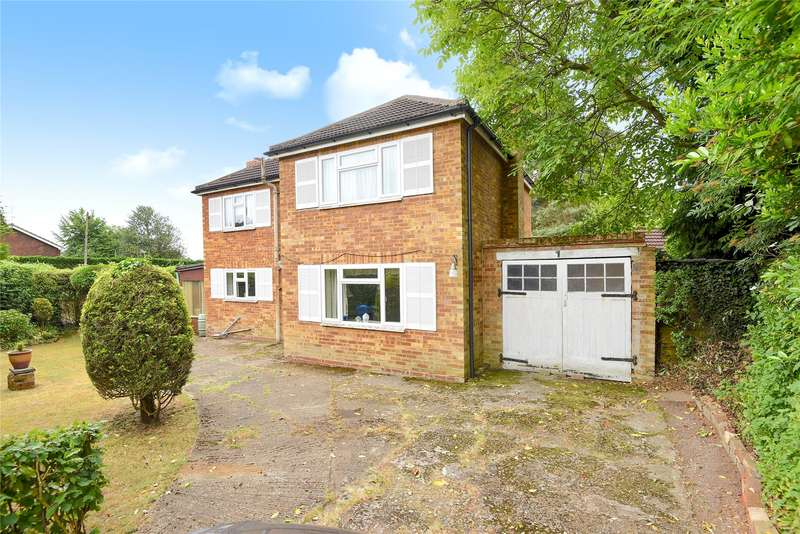3 Bedrooms Detached House for sale in Harts Leap Road, Sandhurst, Berkshire, GU47
