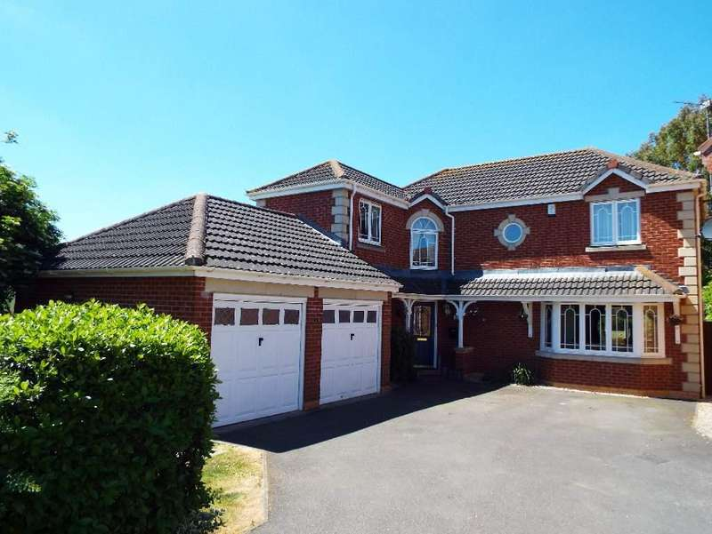 4 Bedrooms Detached House for sale in Coulon Close, Irchester, Northamptonshire, NN297UW