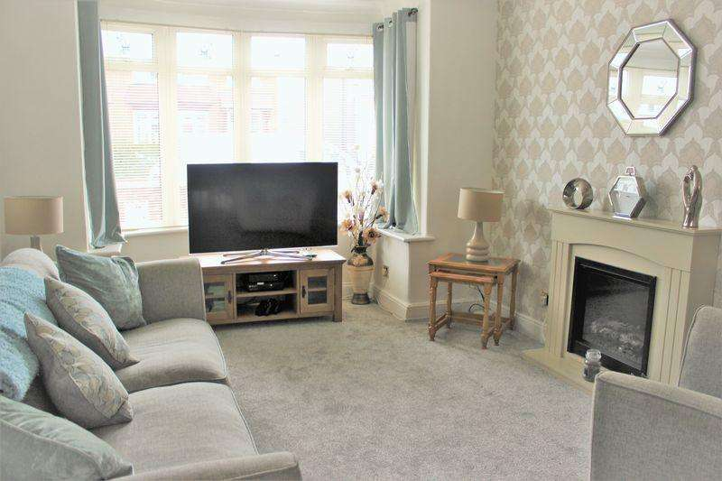 3 Bedrooms End Of Terrace House for sale in Ottawa Road, Longlands, Middlesbrough, TS4 2ND