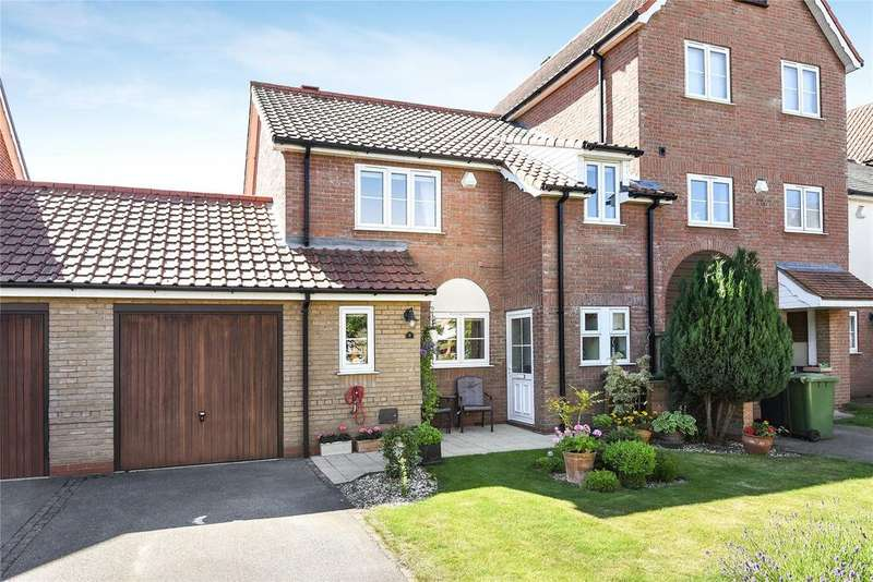 3 Bedrooms Semi Detached House for sale in Park Lane, Burton Waters, LN1