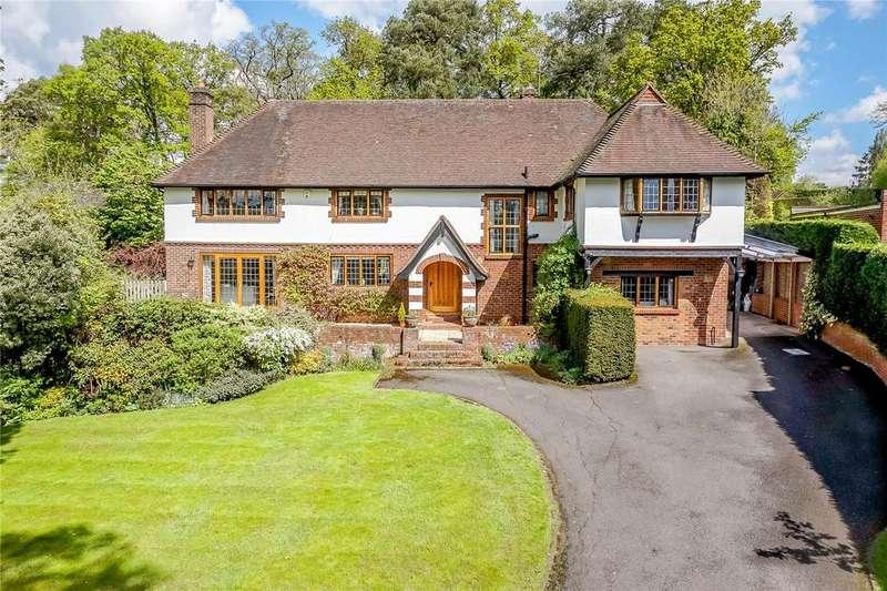 6 Bedrooms Detached House for sale in Woodland Drive, East Horsley, Surrey, KT24