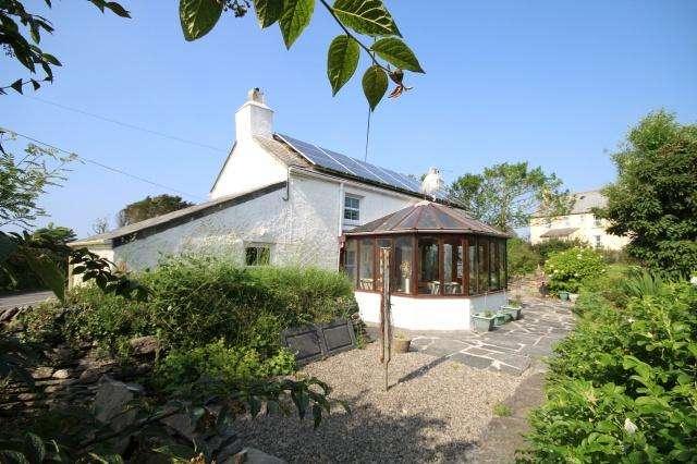 4 Bedrooms Detached House for sale in Westdowns, Delabole