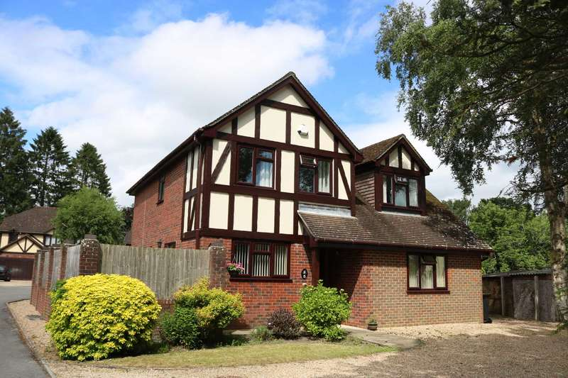 4 Bedrooms Detached House for sale in BH31 The Oaks, Verwood