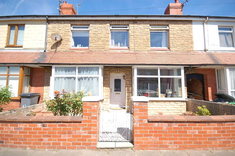 3 Bedrooms Terraced House for sale in Hemingway, Blackpool
