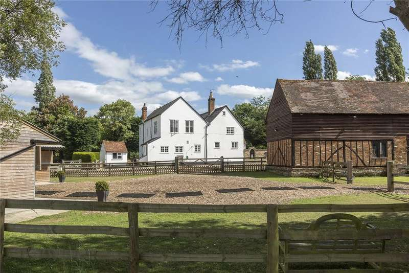 5 Bedrooms Equestrian Facility Character Property for sale in Broadway Road, Lightwater, Surrey, GU18