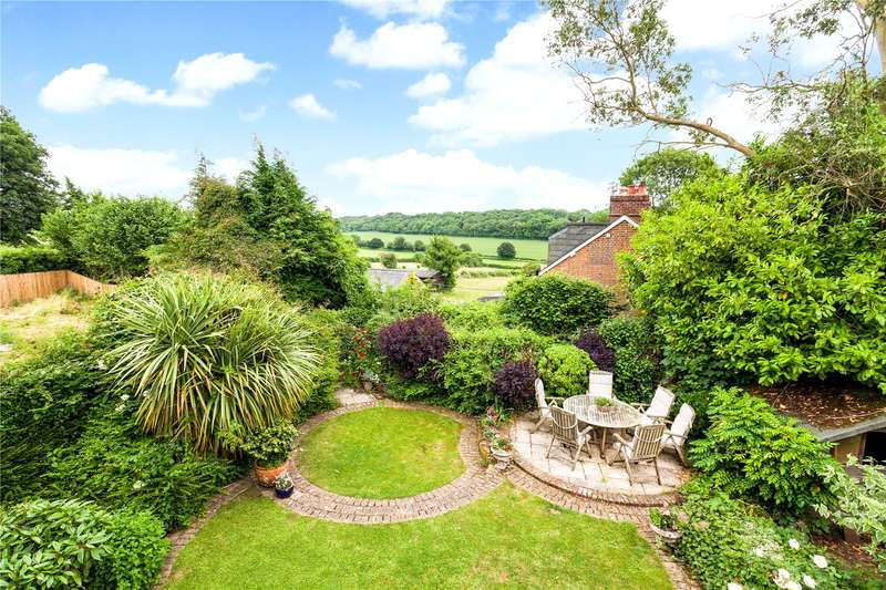 5 Bedrooms Detached House for sale in Beeches Hill, Bishops Waltham, Hampshire, SO32