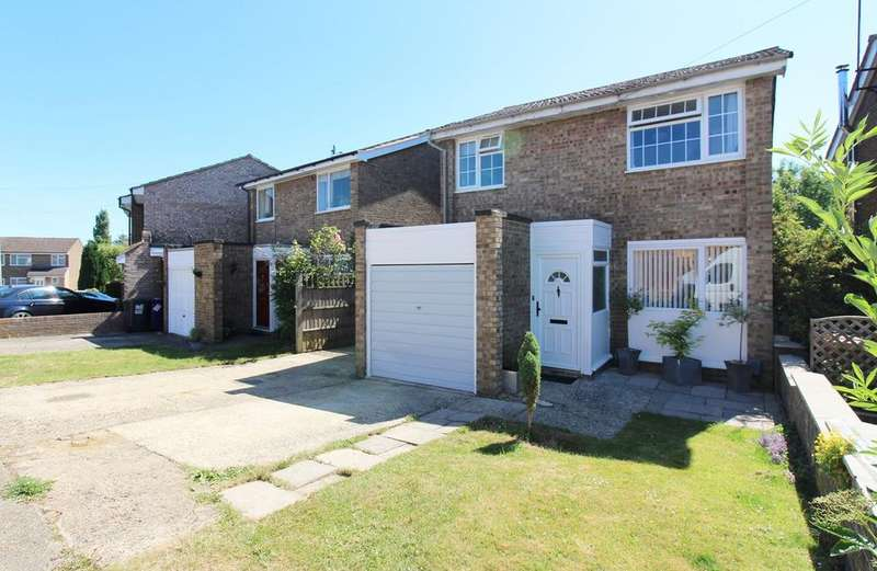 3 Bedrooms Detached House for sale in Bowmans Avenue, Hitchin, SG4