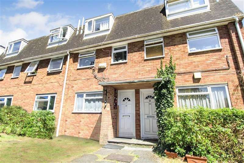 2 Bedrooms Maisonette Flat for sale in Ridgebank, Slough, Berkshire