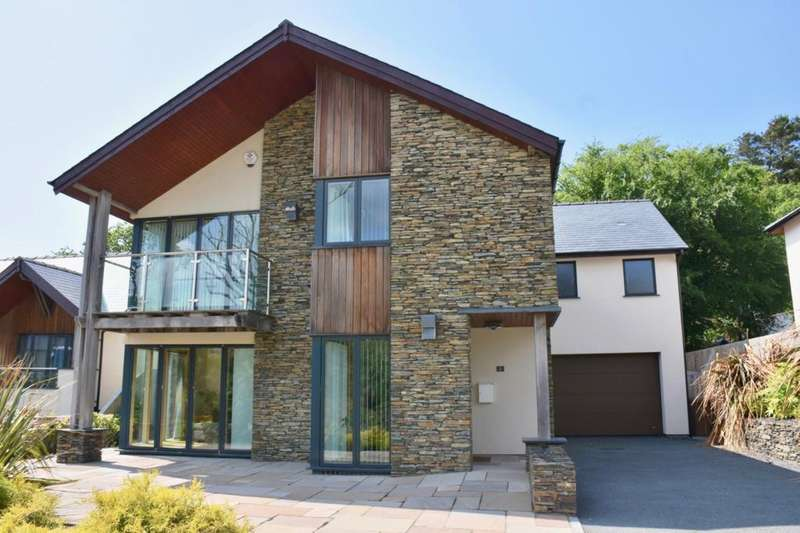5 Bedrooms Detached House for sale in 2 Swn Y Dail, Barmouth, LL42