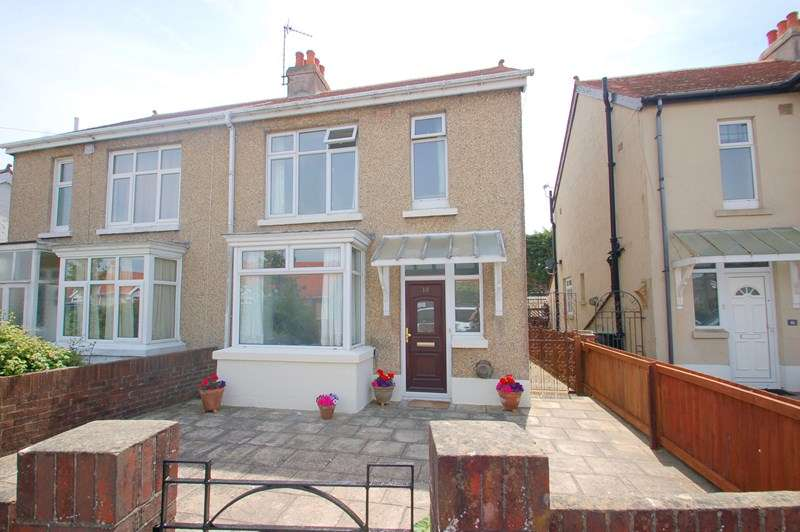 3 Bedrooms Semi Detached House for sale in Walton Road, Gosport