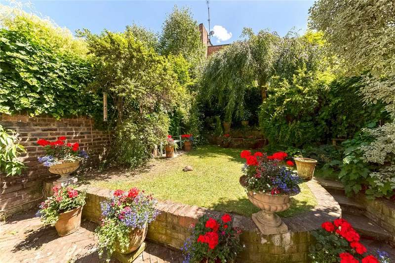 4 Bedrooms Terraced House for sale in Walham Grove, Fulham Broadway, Fulham, London, SW6