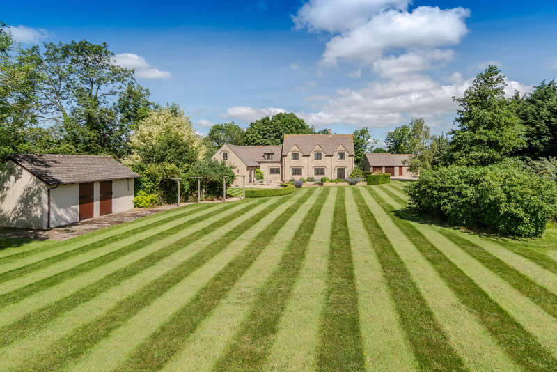 5 Bedrooms Detached House for sale in Ashton Road, Minety, Malmesbury