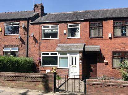 3 Bedrooms Terraced House for sale in Sandy Lane, Dukinfield, Greater Manchester, United Kingdom