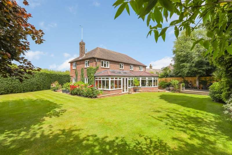 5 Bedrooms House for sale in High Hurst Close, Newick, BN8