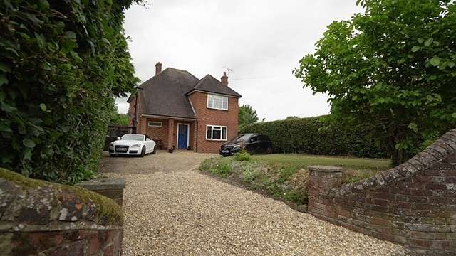 3 Bedrooms Detached House for sale in Culver, Romsey, SO51