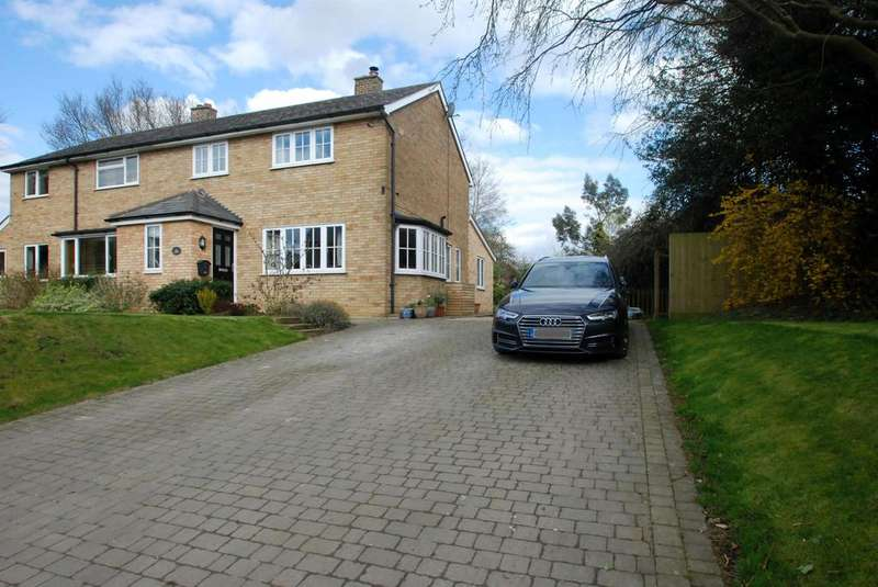 3 Bedrooms Semi Detached House for sale in Brickyard Lane, Reed, Royston, SG8 8BG