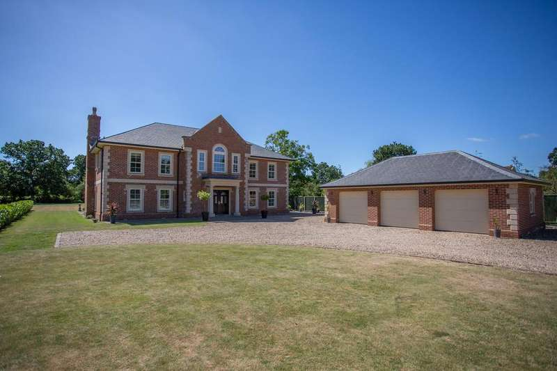 6 Bedrooms Detached House for sale in Norwich Common, Wymondham