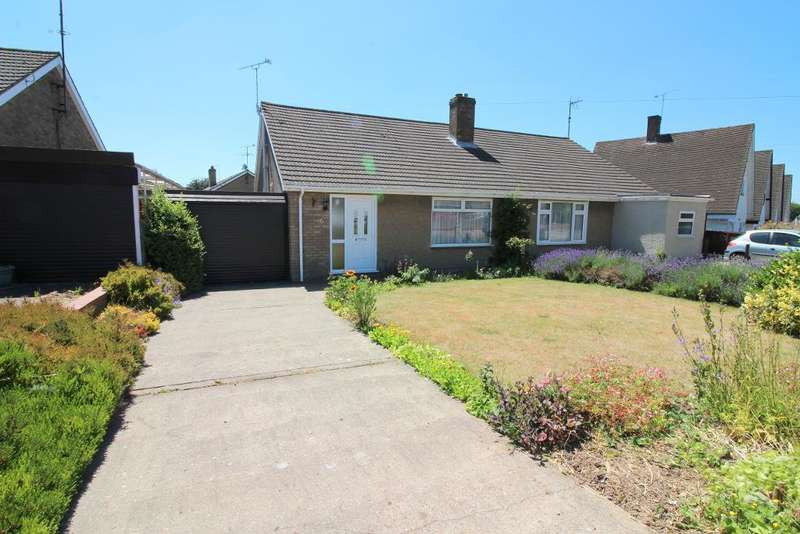 2 Bedrooms Bungalow for sale in Warden Hill Road, Luton, Bedfordshire, LU2 7AF