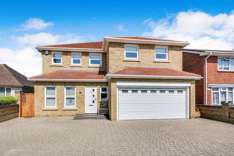 4 Bedrooms Detached House for sale in Daws Heath Road, Benfleet