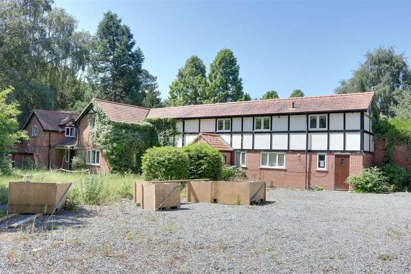 4 Bedrooms Detached House for sale in Vale Royal Drive, Whitegate