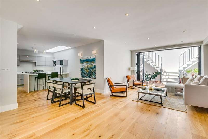 3 Bedrooms Detached House for sale in Charles Street, Barnes, London, SW13