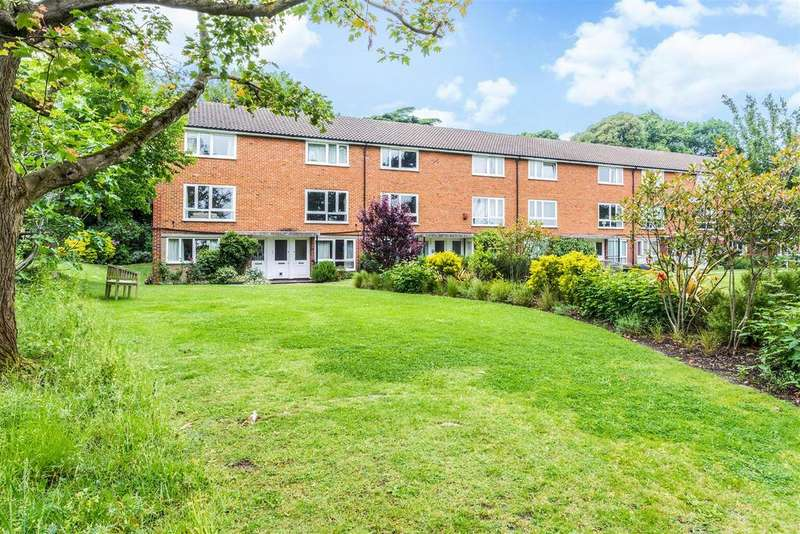 2 Bedrooms Apartment Flat for sale in Oakhill Court, Edge Hill, Wimbledon, SW19