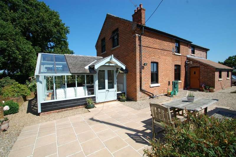4 Bedrooms Cottage House for sale in Sharp Street, Catfield
