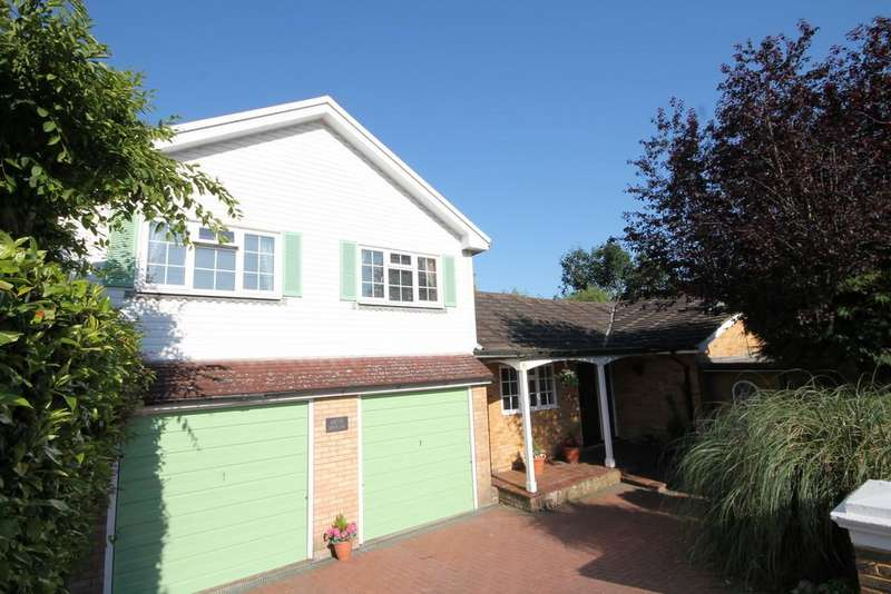 3 Bedrooms Detached House for sale in Oakdene Way, Portslade, Brighton BN41 2RQ