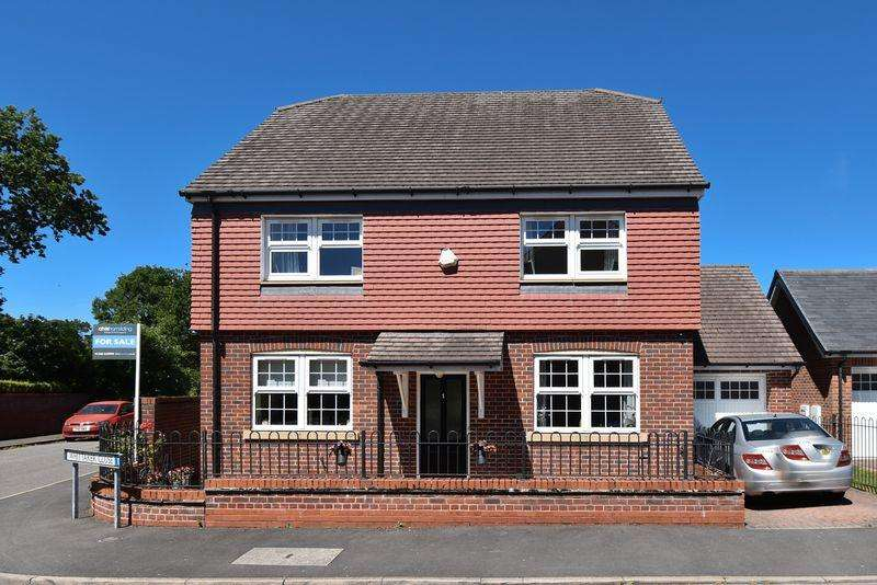 4 Bedrooms Detached House for sale in Whittaker Close, Congleton