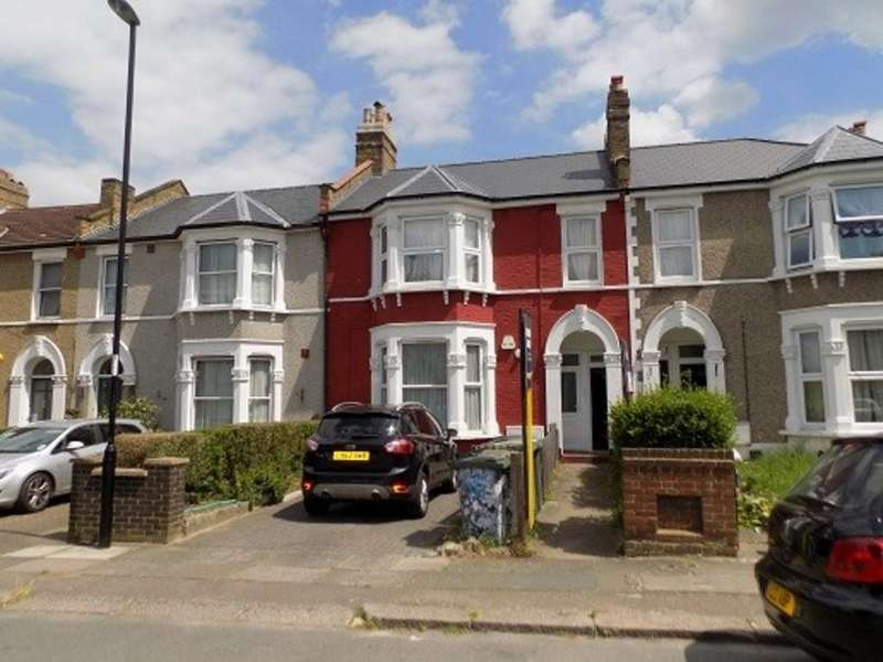 2 Bedrooms Flat for sale in Broadfield Road, Catford, SE6