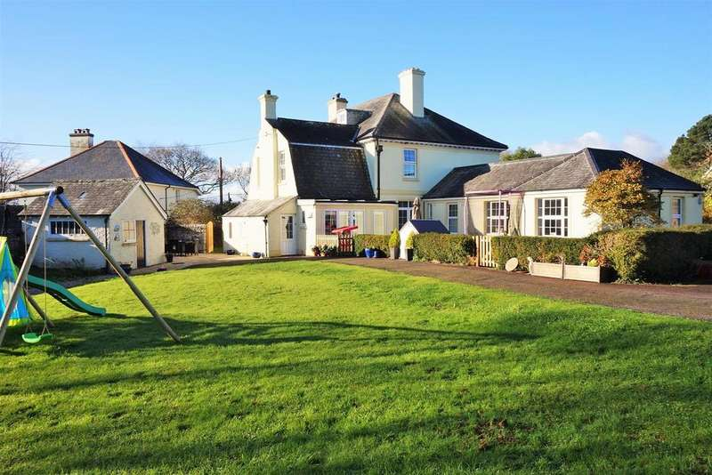 9 Bedrooms Detached House for sale in Lamellion Cross, Liskeard