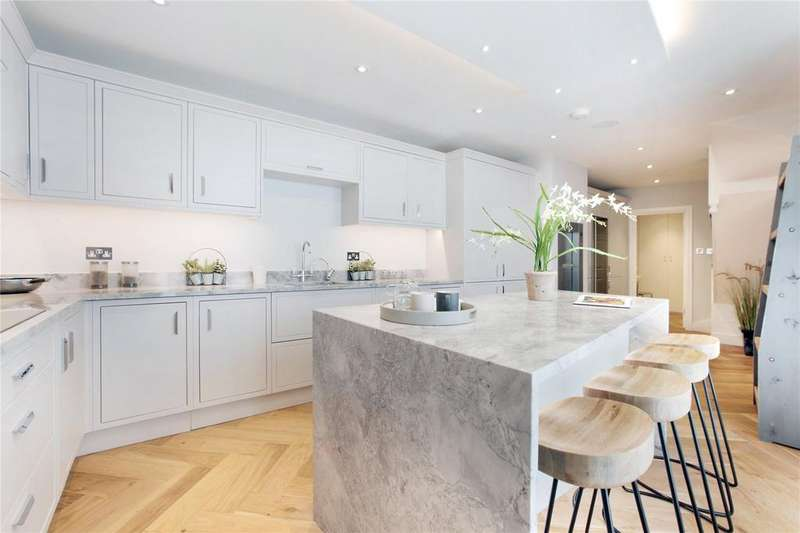 6 Bedrooms Terraced House for sale in Crescent Grove, Clapham, London, SW4