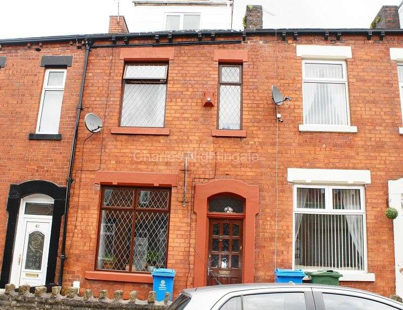 4 Bedrooms Terraced House for sale in Brompton Street, Oldham, Greater Manchester. OL4 1AF