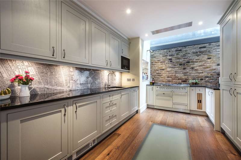 4 Bedrooms House for sale in Middle Street, Clerkenwell, EC1A
