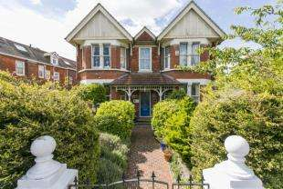 7 Bedrooms Detached House for sale in Bedfordwell Road, Eastbourne, East Sussex