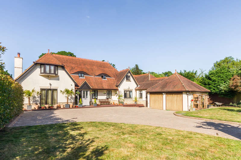 6 Bedrooms Detached House for sale in Ringwood, Hampshire