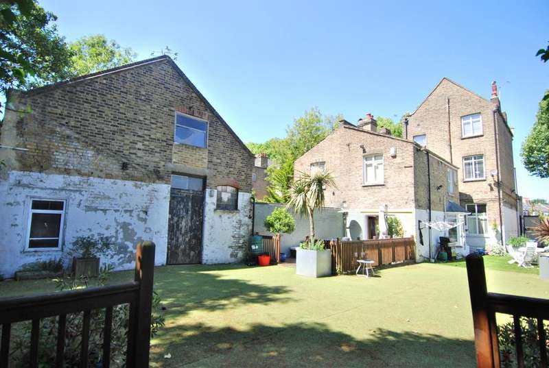 5 Bedrooms House for sale in Littleheath, Charlton, SE7