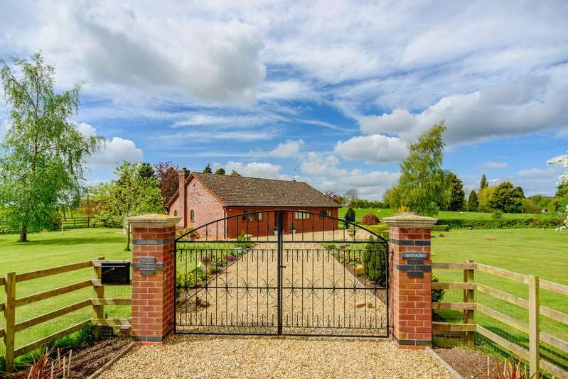 3 Bedrooms Detached Bungalow for sale in Stockton Road, Birdingbury