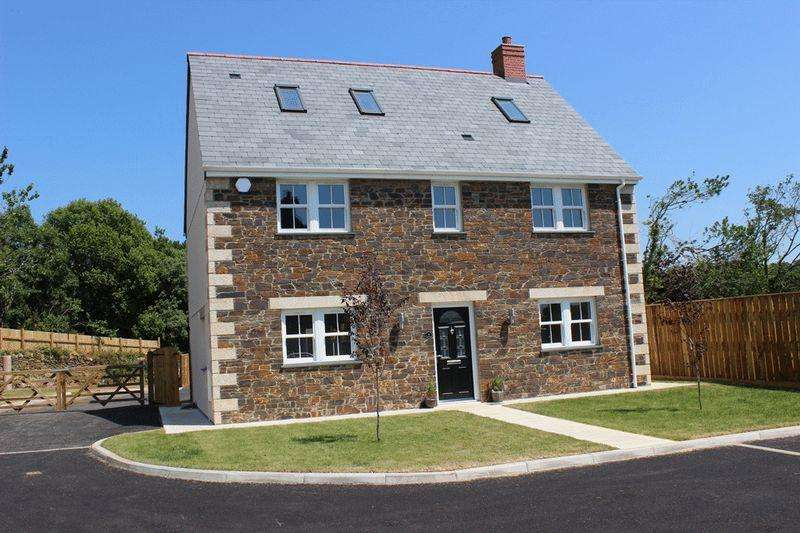 5 Bedrooms Detached House for sale in River Field View, Hewas Water