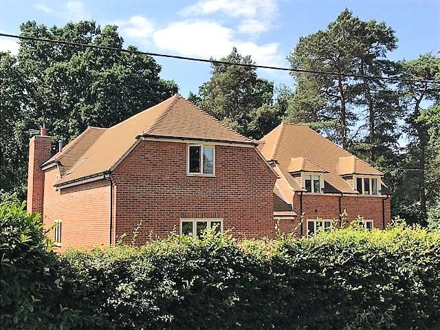 5 Bedrooms Property for sale in The Ridge, Cold Ash, Berkshire