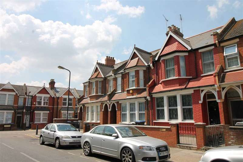 5 Bedrooms Terraced House for sale in Ashford Road, NW2, London