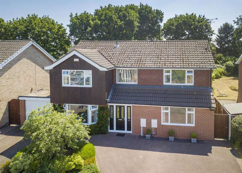 4 Bedrooms House for sale in Troutbeck Crescent