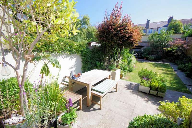 5 Bedrooms Terraced House for sale in WOODLANDS AVENUE, FINCHLEY, N3