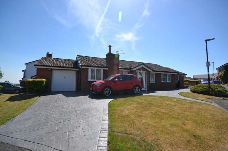4 Bedrooms Detached Bungalow for sale in Radway, Tyldesley