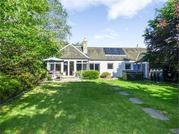 5 Bedrooms Semi Detached House for sale in Chesters, Hawick, Scottish Borders