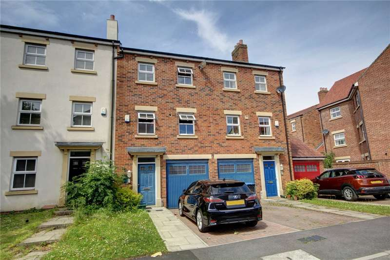 3 Bedrooms Terraced House for sale in Kirkwood Drive, Nevilles Cross, Durham, DH1